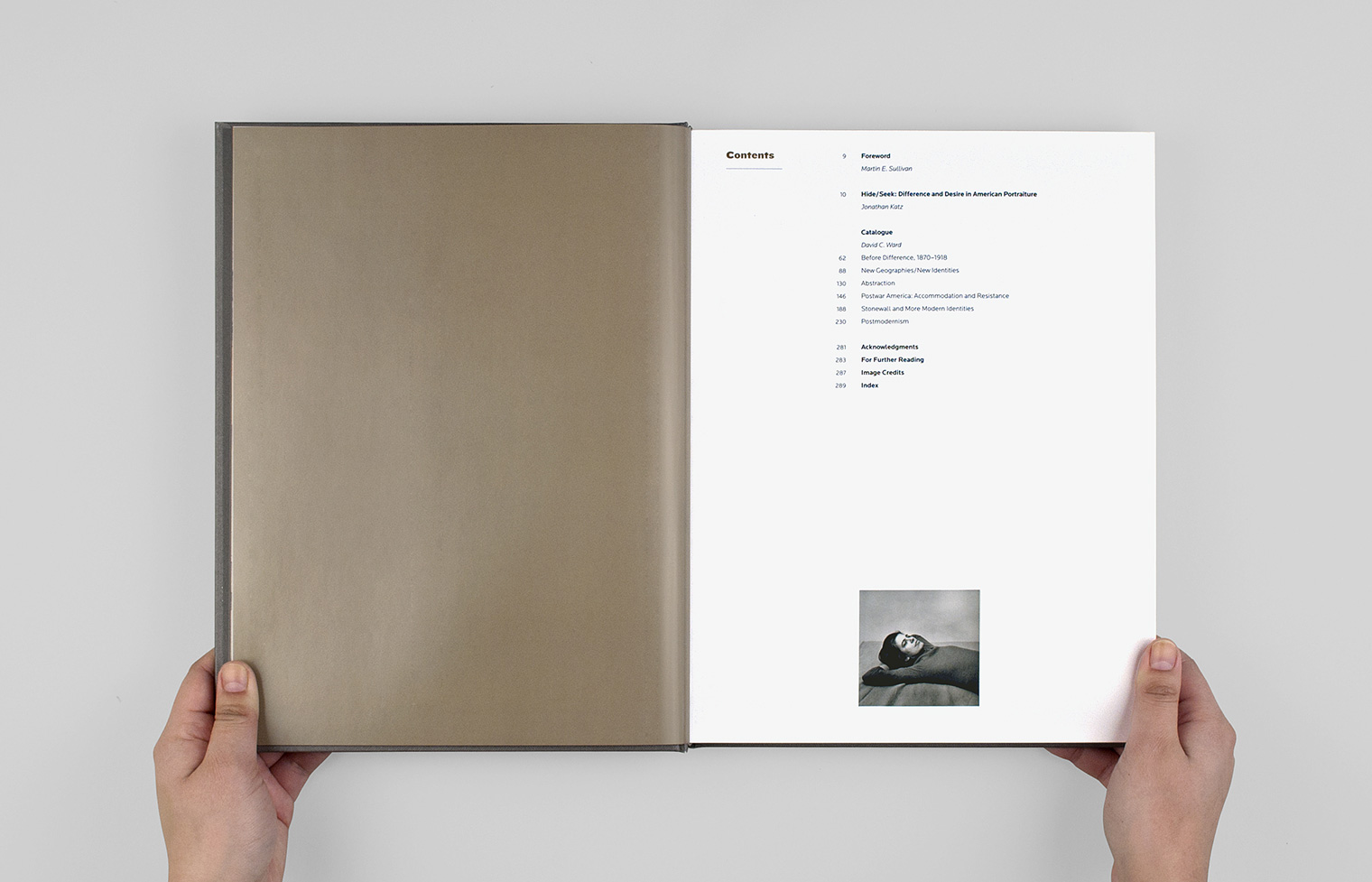 The table of contents page is embellished with a small portrait of Susan Sontag by Peter Hujar.